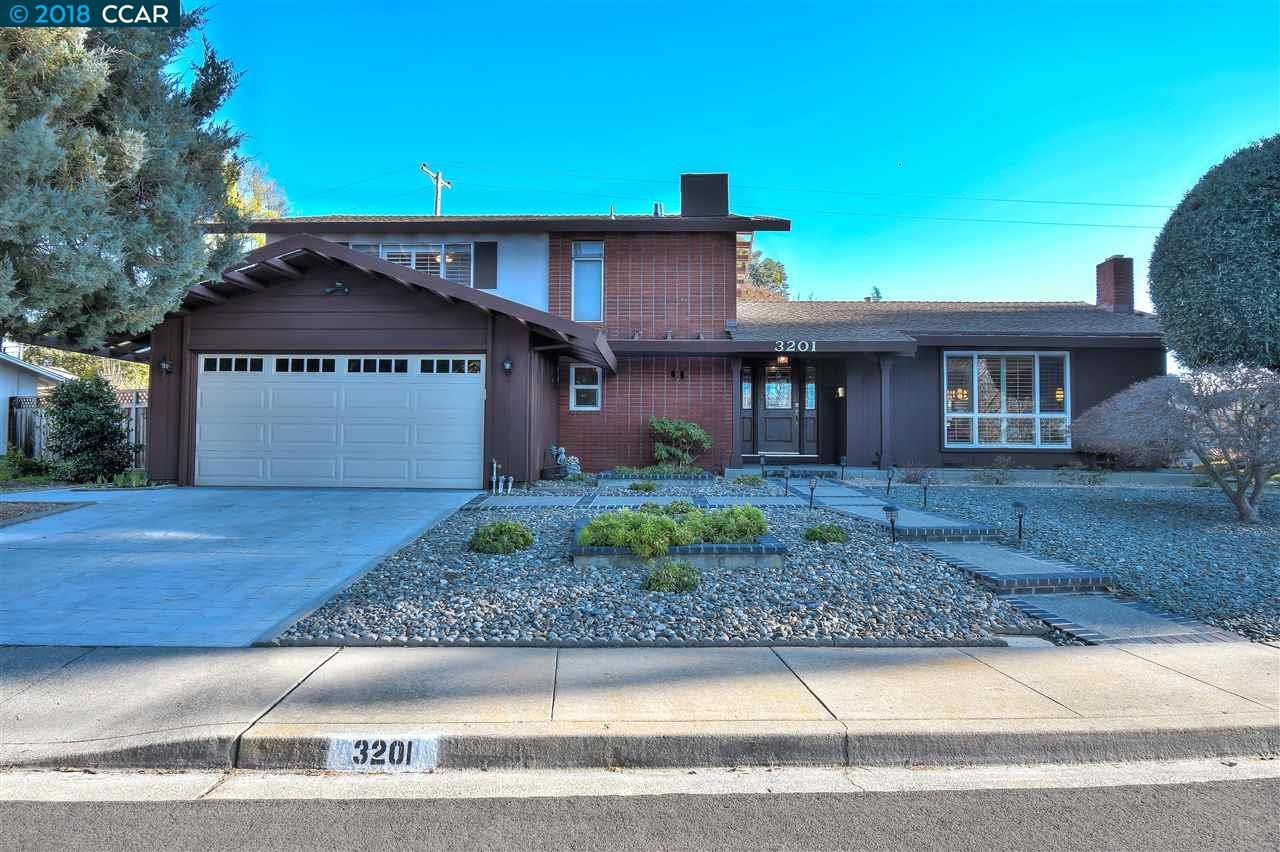 واحد منزل الأسرة للـ Sale في 3201 Primrose Lane 3201 Primrose Lane Walnut Creek, California 94598 United States