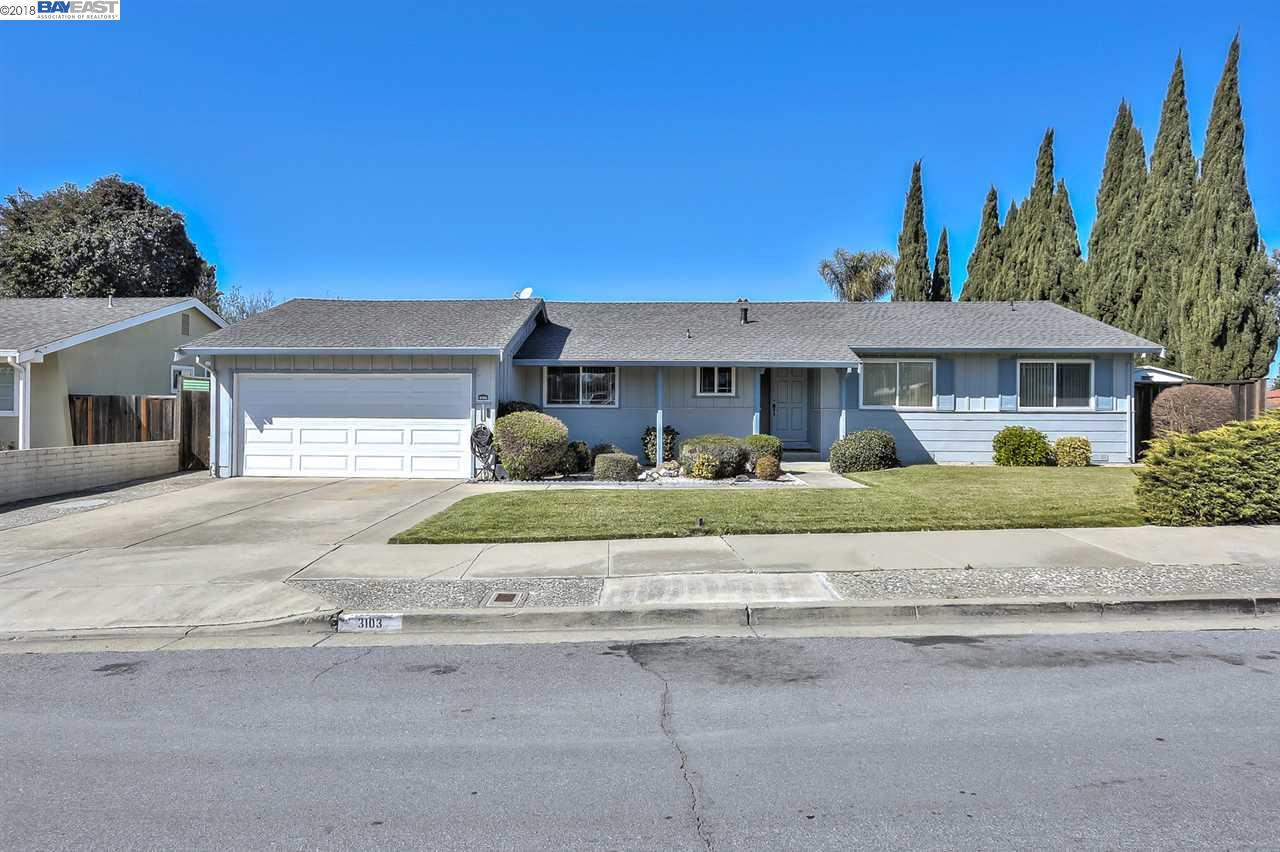 Maison unifamiliale pour l Vente à 3103 Isherwood Way 3103 Isherwood Way Fremont, Californie 94536 États-Unis