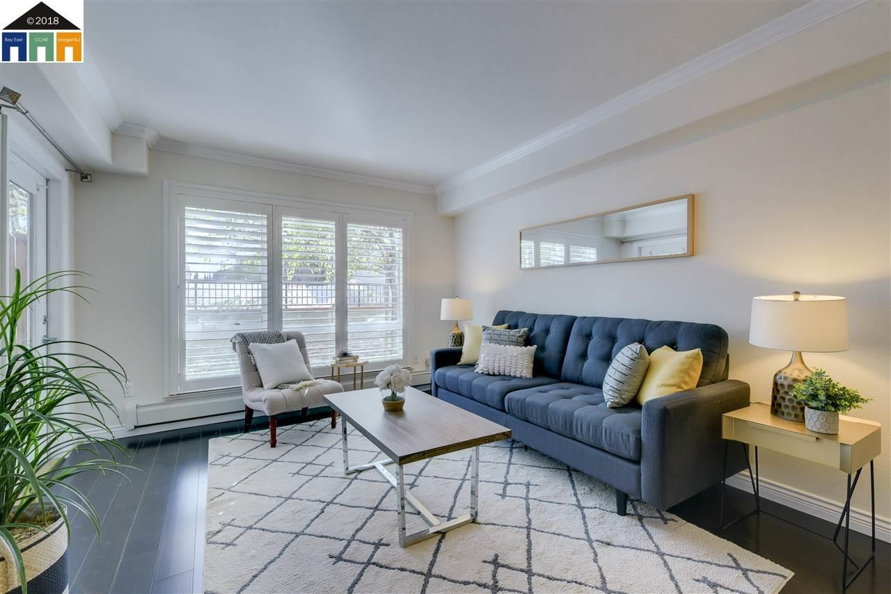 Additional photo for property listing at 15956 E 14Th Street 15956 E 14Th Street San Leandro, Kalifornien 94578 Vereinigte Staaten