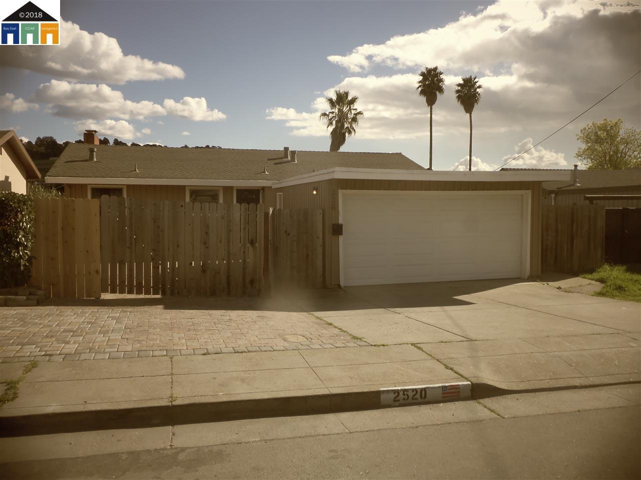 Casa Unifamiliar por un Venta en 2520 Moyers Road 2520 Moyers Road Richmond, California 94806 Estados Unidos