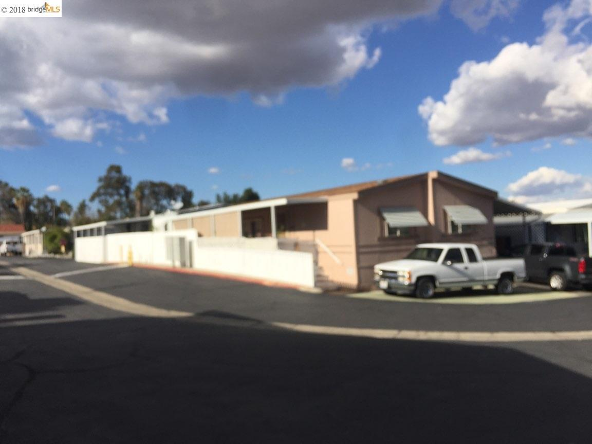 Single Family Home for Sale at 15980 Grand Avenue 15980 Grand Avenue Lake Elsinore, California 92530 United States