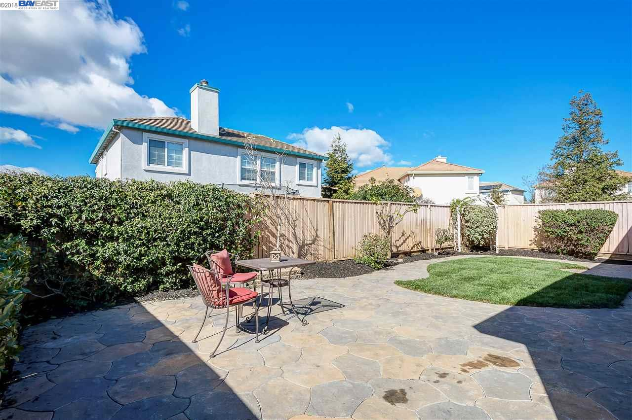 Additional photo for property listing at 754 Berryessa Street 754 Berryessa Street Livermore, California 94551 United States