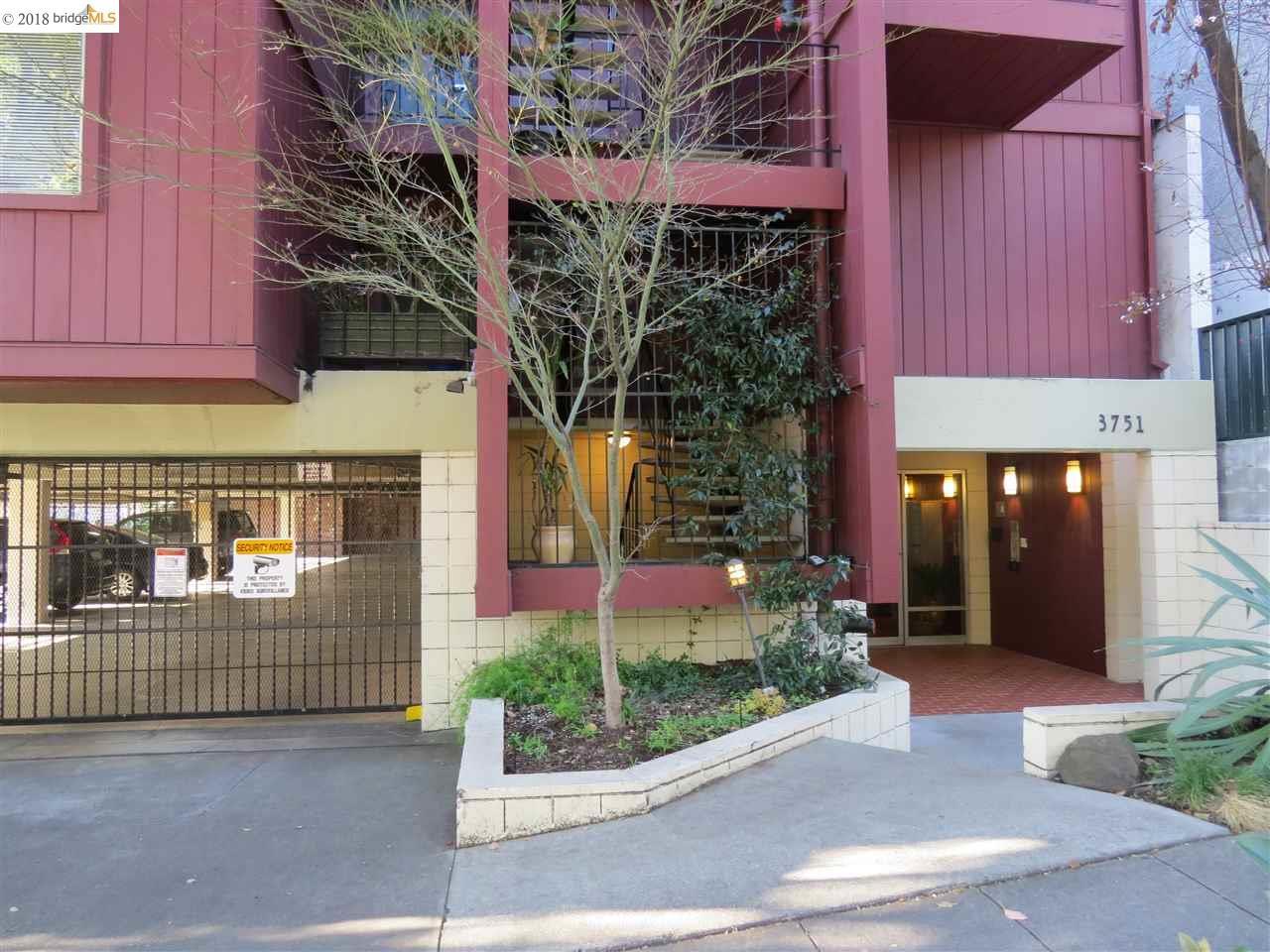 شقة بعمارة للـ Sale في 3751 Harrison 3751 Harrison Oakland, California 94611 United States