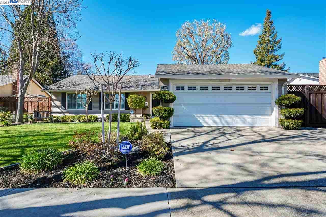Single Family Home for Sale at 5833 Hansen Drive 5833 Hansen Drive Pleasanton, California 94566 United States