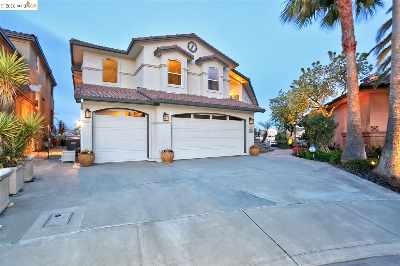 واحد منزل الأسرة للـ Sale في 1901 Windward Pt 1901 Windward Pt Discovery Bay, California 94505 United States