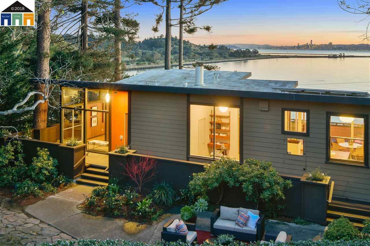 واحد منزل الأسرة للـ Sale في 229 Bishop Avenue 229 Bishop Avenue Point Richmond, California 94801 United States