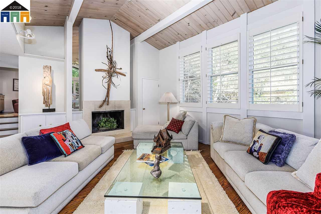 Maison unifamiliale pour l Vente à 12 Dos Posos 12 Dos Posos Orinda, Californie 94563 États-Unis