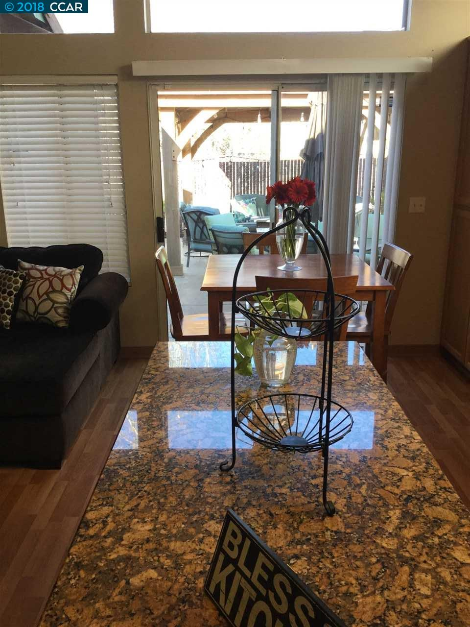 Additional photo for property listing at 5301 Fairside Way 5301 Fairside Way Antioch, Californie 94531 États-Unis