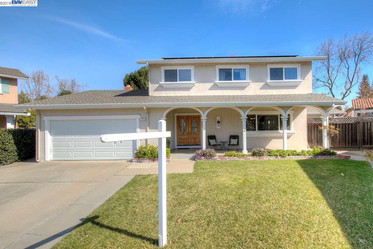 獨棟家庭住宅 為 出售 在 1936 Brooktree Way 1936 Brooktree Way Pleasanton, 加利福尼亞州 94566 美國