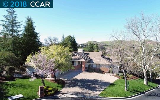 獨棟家庭住宅 為 出售 在 50 Bent Oak Court 50 Bent Oak Court Danville, 加利福尼亞州 94506 美國