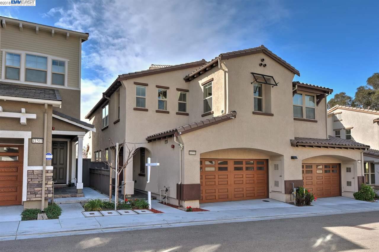 Maison unifamiliale pour l Vente à 41559 Casabella Cmn 41559 Casabella Cmn Fremont, Californie 94539 États-Unis