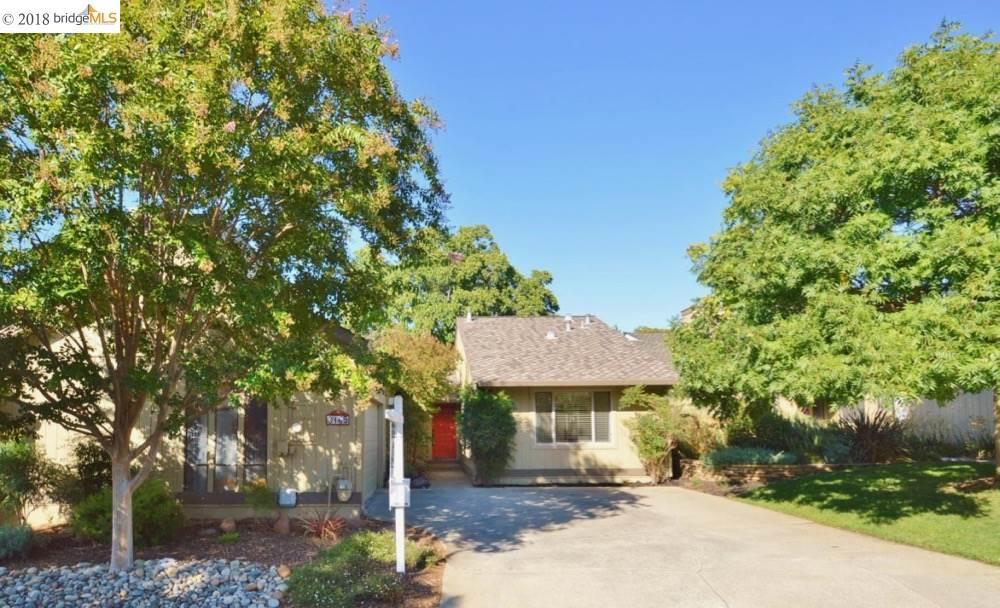 Townhouse for Sale at 3165 Lippizaner Lane 3165 Lippizaner Lane Walnut Creek, California 94598 United States