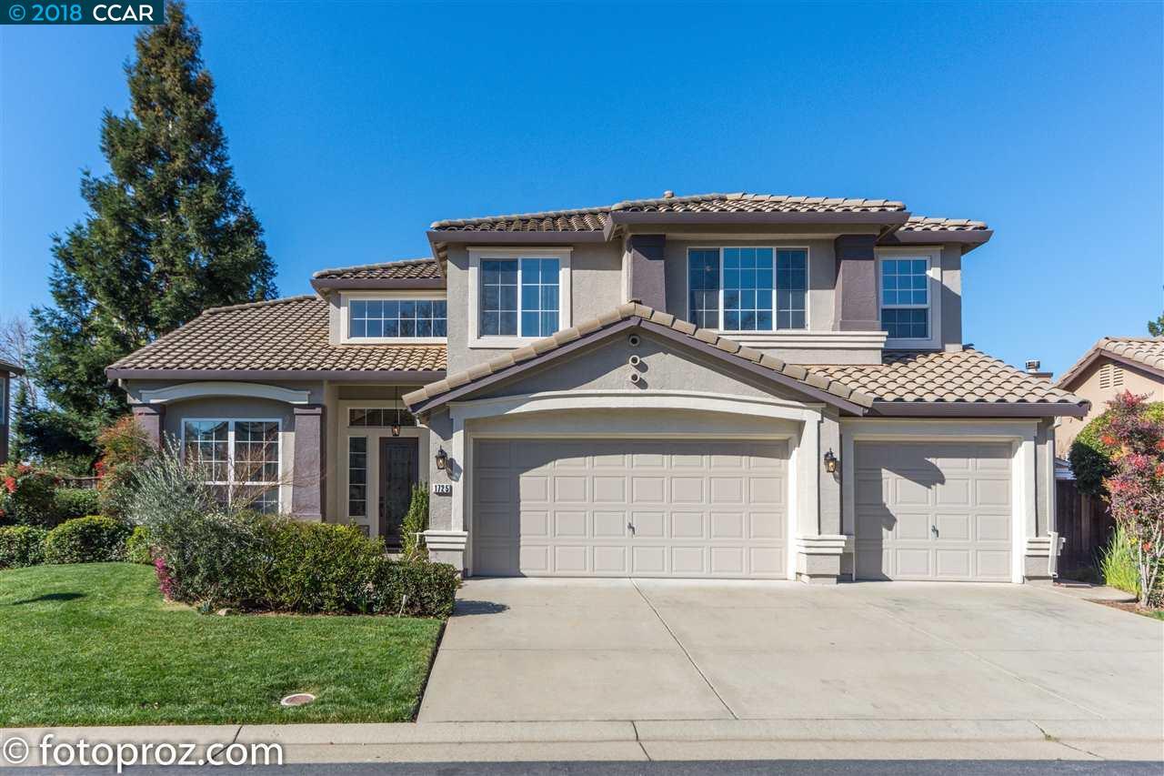 Single Family Home for Sale at 1725 Fergus Drive 1725 Fergus Drive Roseville, California 95747 United States