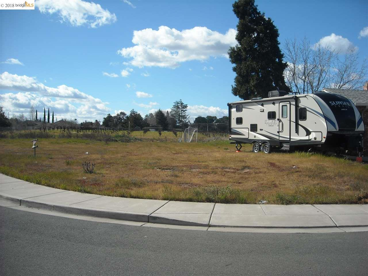 Terreno por un Venta en 4907 Beldin Lane 4907 Beldin Lane Oakley, California 94561 Estados Unidos