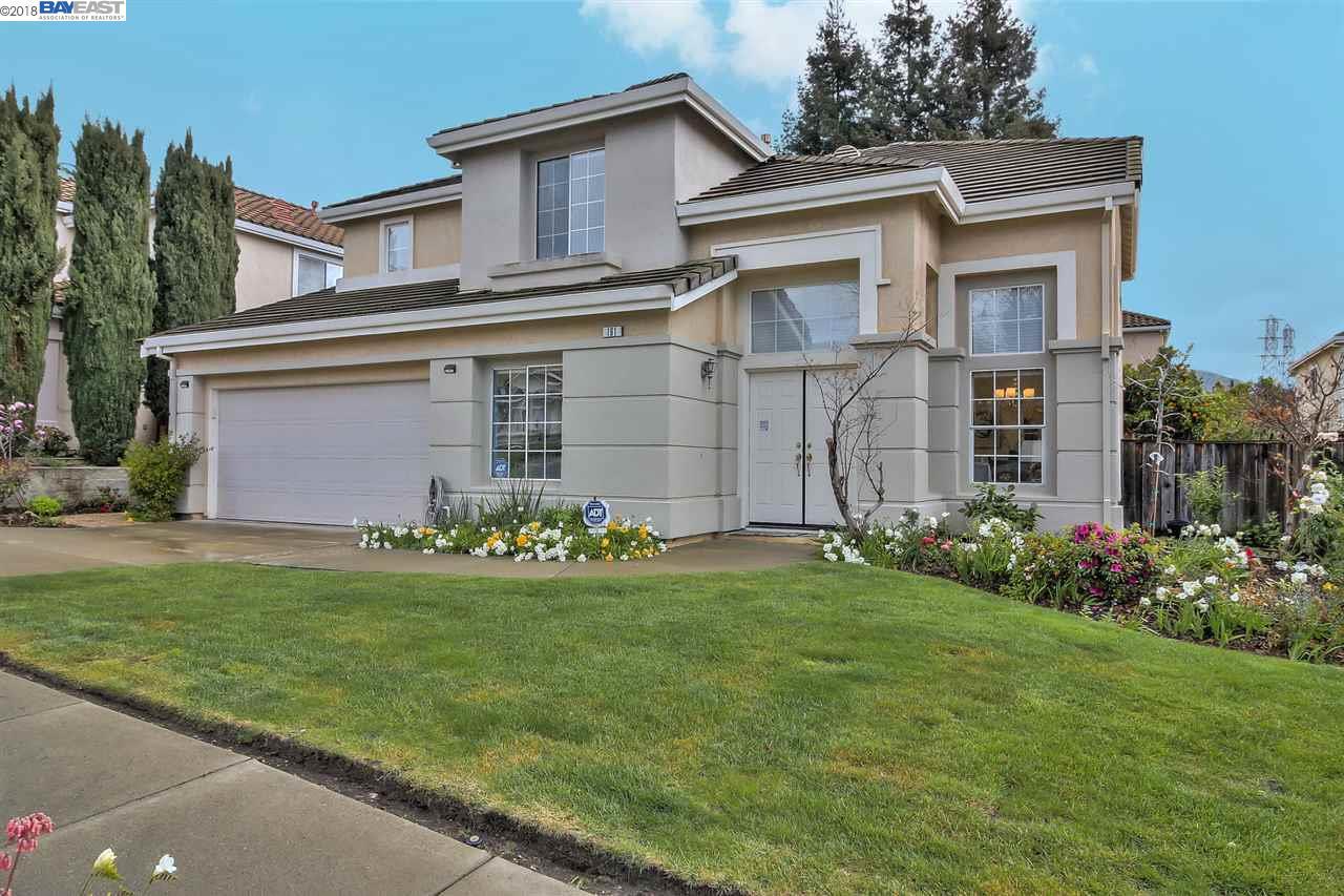 Частный односемейный дом для того Продажа на 191 Castro Lane 191 Castro Lane Fremont, Калифорния 94539 Соединенные Штаты