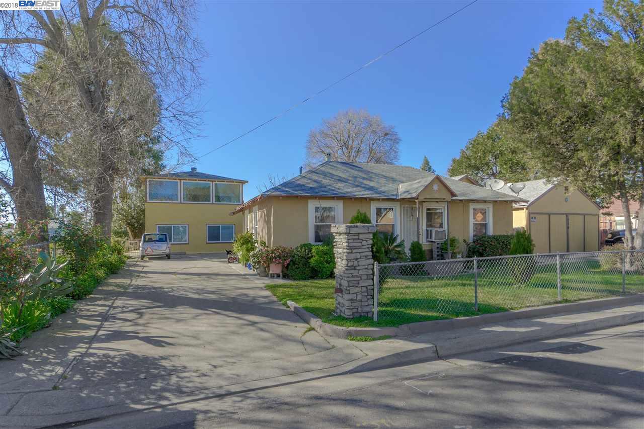二世帯住宅 のために 売買 アット 730 Maple Street 730 Maple Street West Sacramento, カリフォルニア 95691 アメリカ合衆国