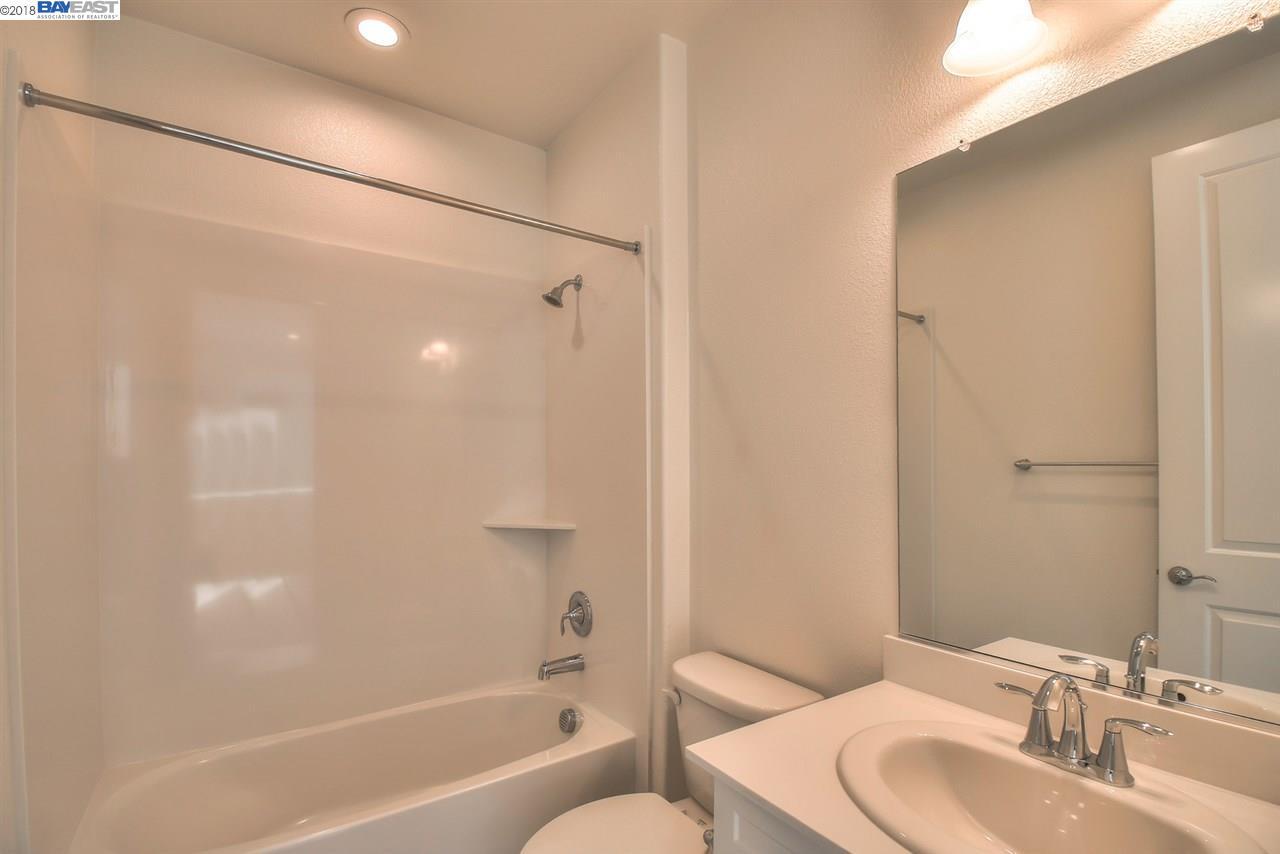 Additional photo for property listing at 5522 El Dorado Lane 5522 El Dorado Lane Dublin, Kalifornien 94568 Vereinigte Staaten