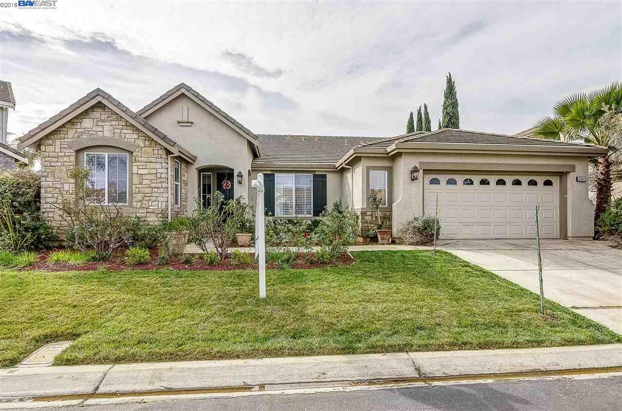 Casa Unifamiliar por un Venta en 3501 KEYSTONE LOOP 3501 KEYSTONE LOOP Discovery Bay, California 94505 Estados Unidos