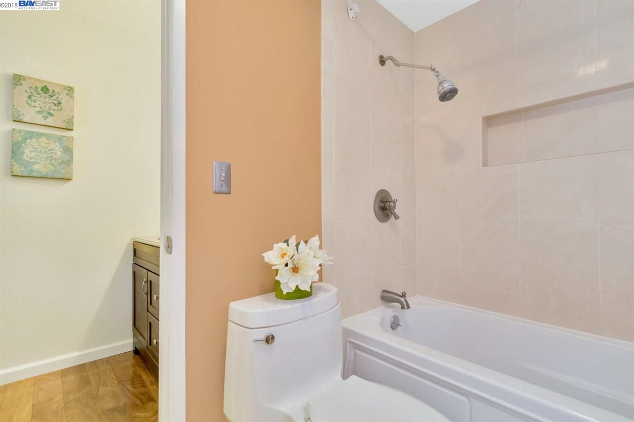 Additional photo for property listing at 4448 Del Valle Pkwy 4448 Del Valle Pkwy Pleasanton, California 94566 United States