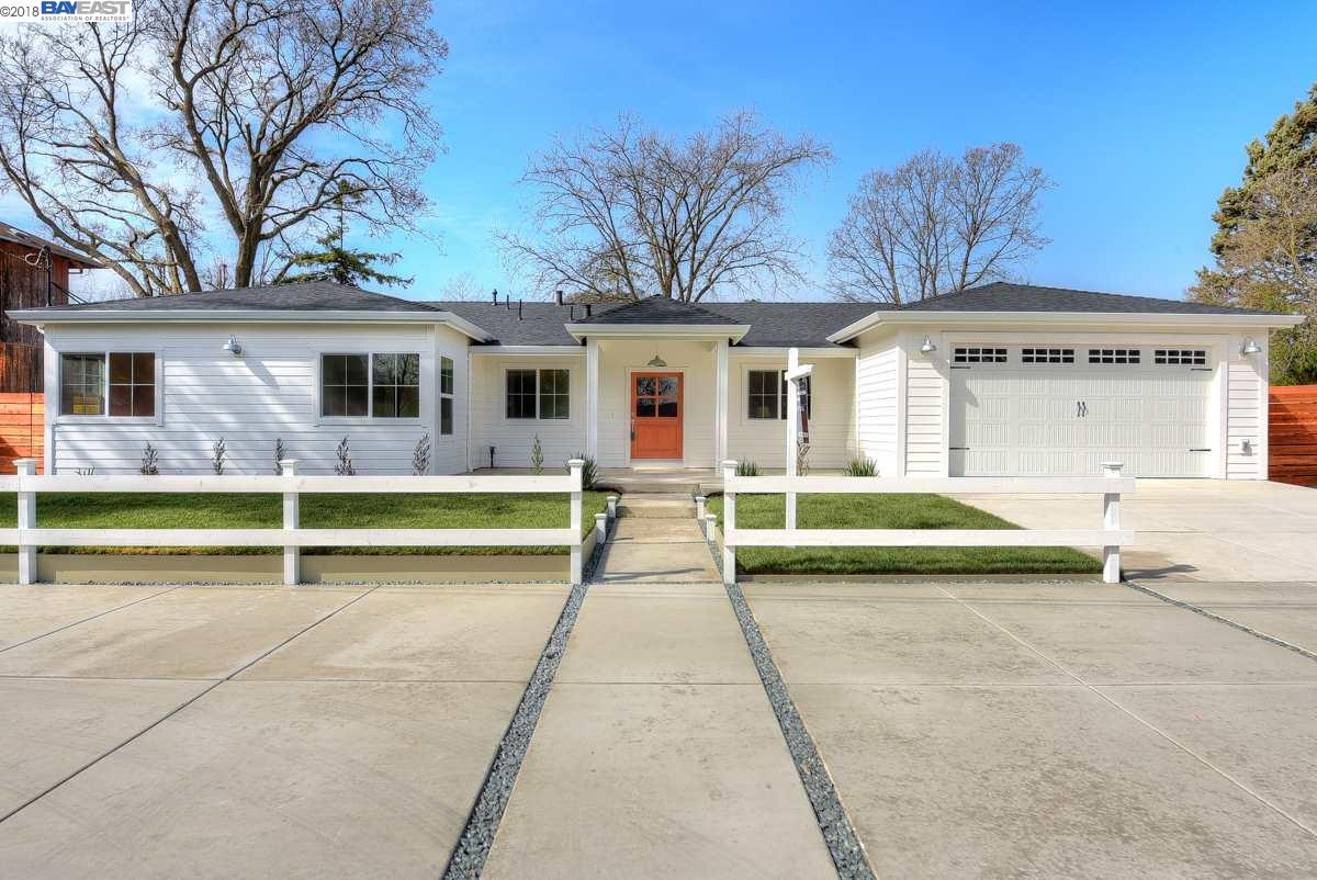 Single Family Home for Sale at 2030 Hoover Avenue 2030 Hoover Avenue Pleasant Hill, California 94523 United States