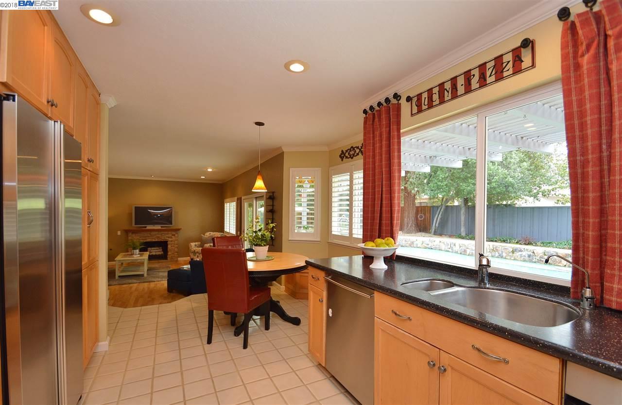 Additional photo for property listing at 5136 Blackbird Drive 5136 Blackbird Drive Pleasanton, Калифорния 94566 Соединенные Штаты