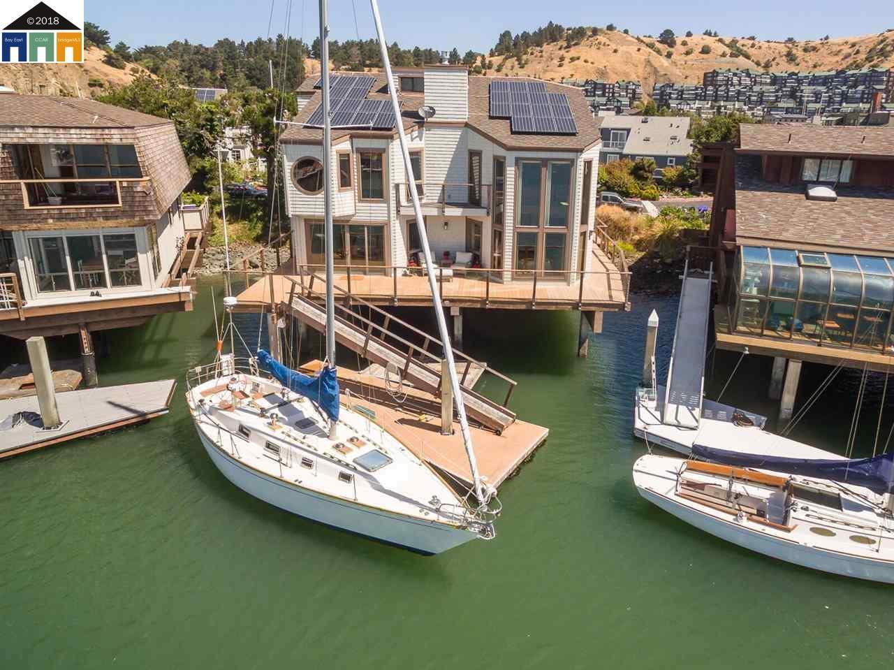 واحد منزل الأسرة للـ Sale في 1302 Sanderling Island 1302 Sanderling Island Point Richmond, California 94801 United States