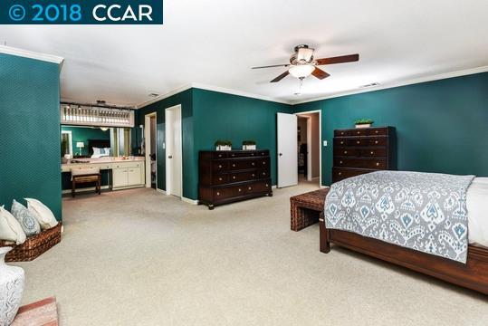 Additional photo for property listing at 1232 Bluejay Court 1232 Bluejay Court Concord, Калифорния 94521 Соединенные Штаты