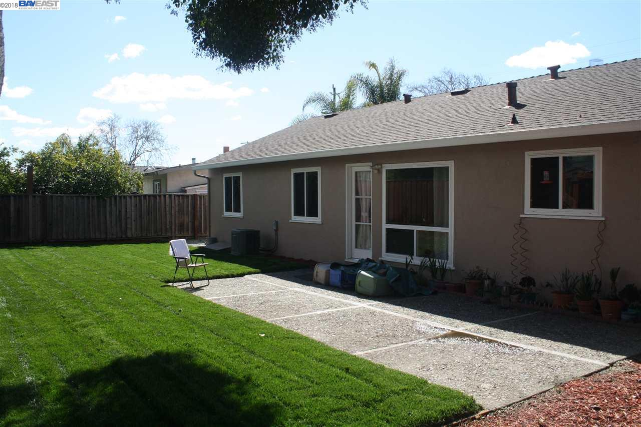 13657 MARMONT WAY, SAN JOSE, CA 95127  Photo 2