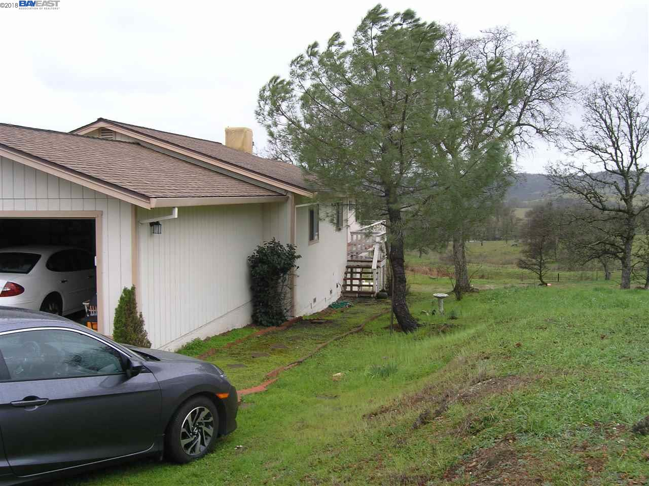 Casa Unifamiliar por un Venta en 4990 Little John Road 4990 Little John Road Copperopolis, California 95228 Estados Unidos