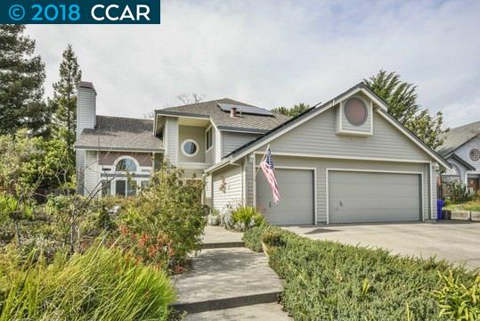 واحد منزل الأسرة للـ Sale في 2725 De La Briandais Court 2725 De La Briandais Court Pinole, California 94564 United States