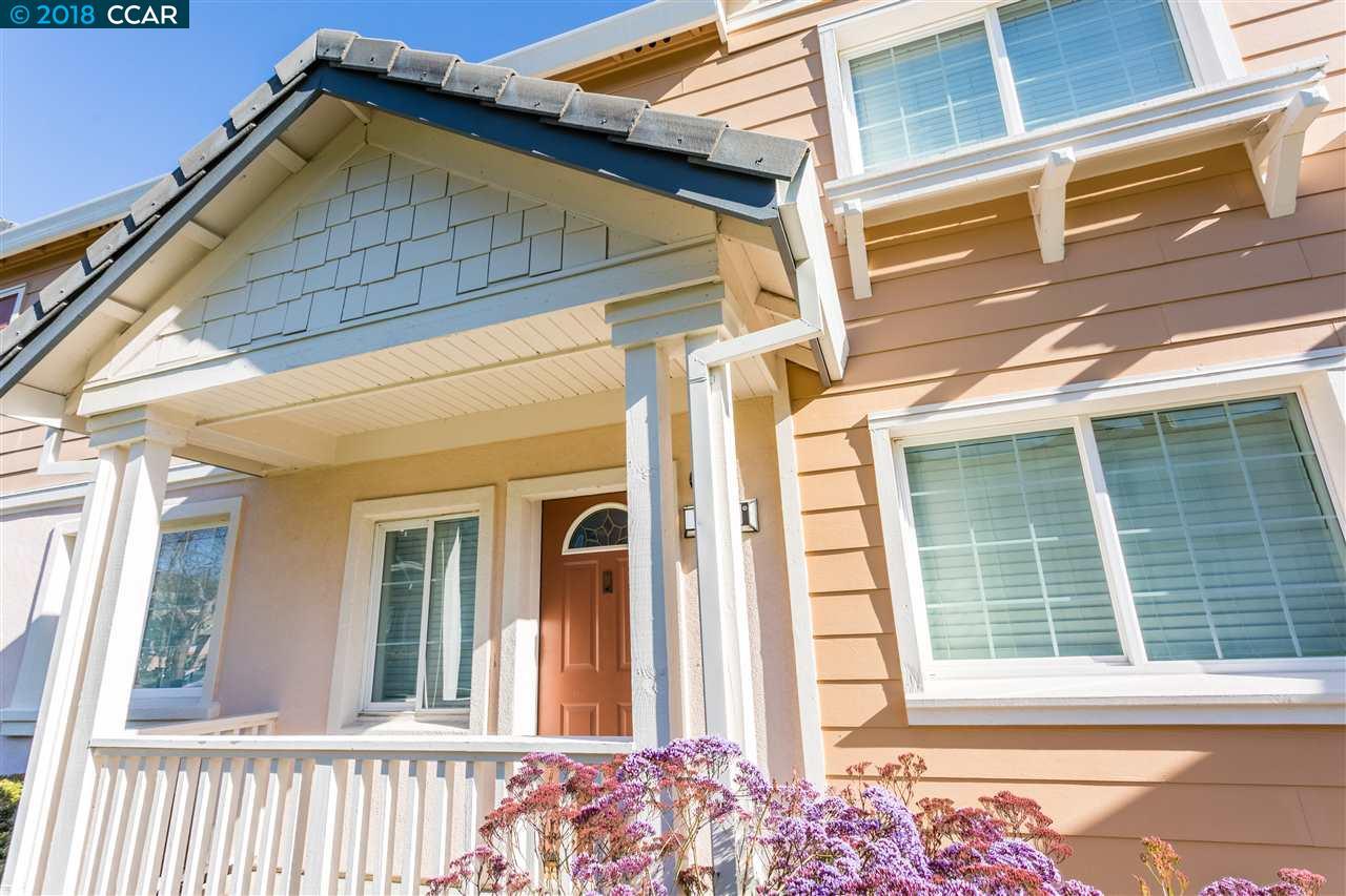 Appartement en copropriété pour l Vente à 641 Daniels Avenue 641 Daniels Avenue Vallejo, Californie 94590 États-Unis
