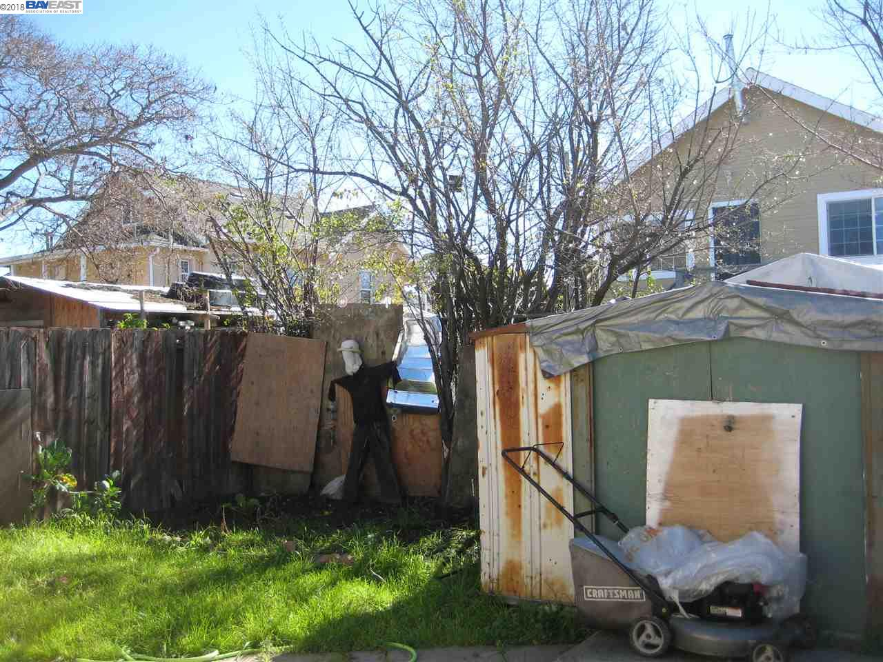 Additional photo for property listing at 940 72nd Avenue 940 72nd Avenue Oakland, California 94621 United States