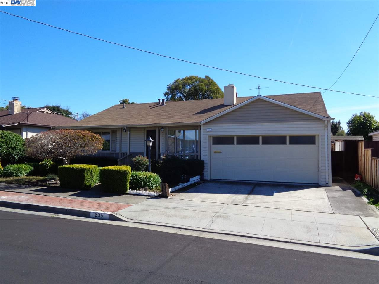 235 NEWTON STREET, Hayward, CA 94544-2927 $680,000 www.calnest.com ...
