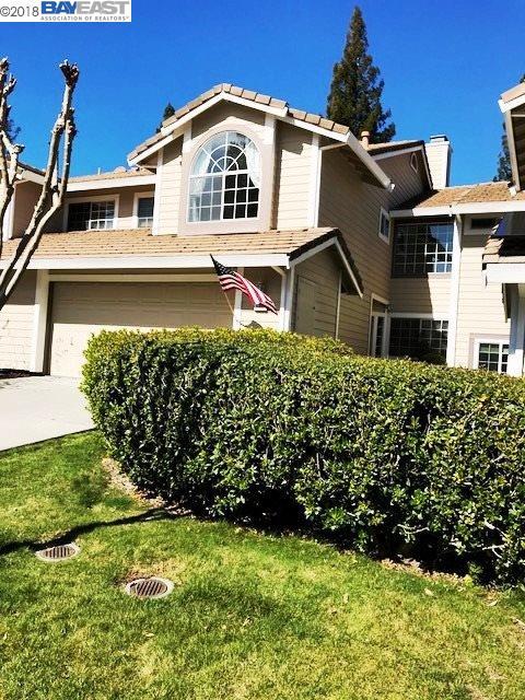 Townhouse for Sale at 3882 Macgregor Cmn 3882 Macgregor Cmn Livermore, California 94551 United States