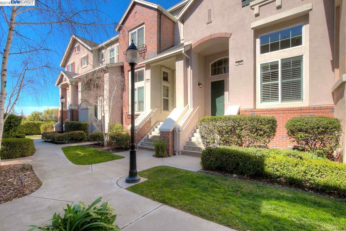 Townhouse for Sale at 212 Wood Street 212 Wood Street Livermore, California 94550 United States
