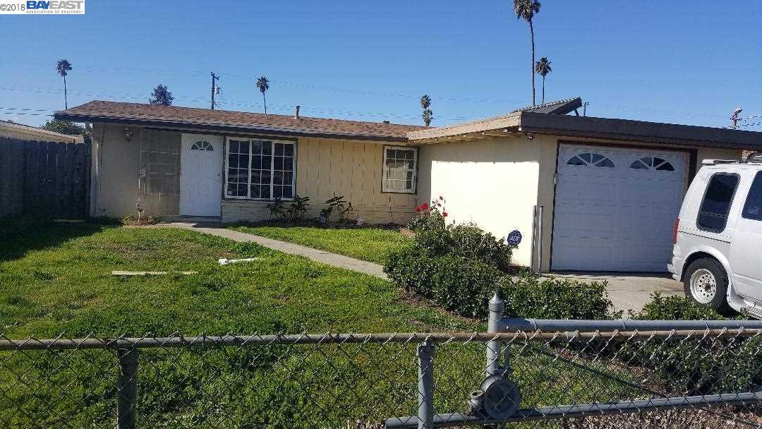 獨棟家庭住宅 為 出租 在 27741 La Porte Avenue 27741 La Porte Avenue Hayward, 加利福尼亞州 94544 美國