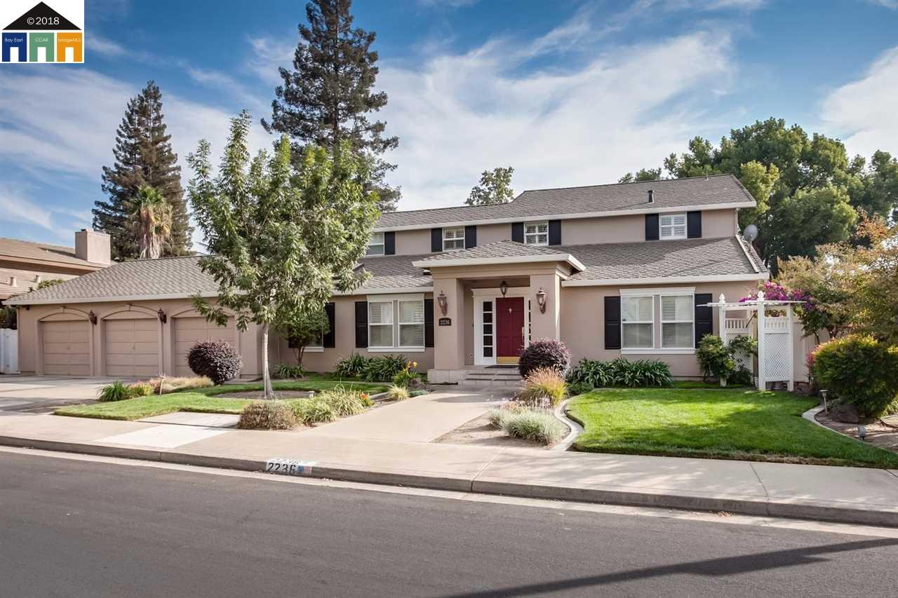 Single Family Home for Sale at 2236 Candlewood Place 2236 Candlewood Place Riverbank, California 95367 United States