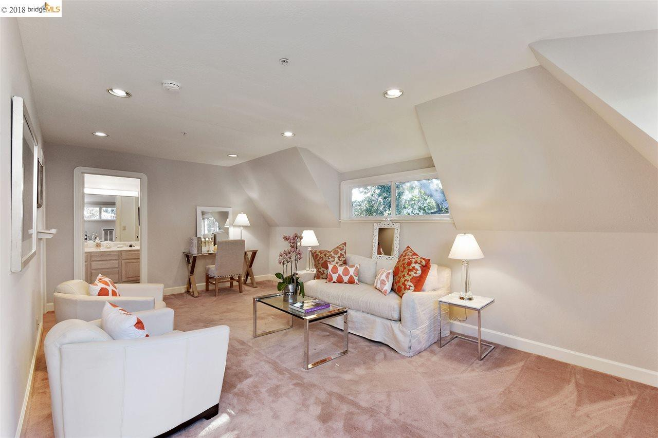 818 NORTHVALE RD., OAKLAND, CA 94610  Photo