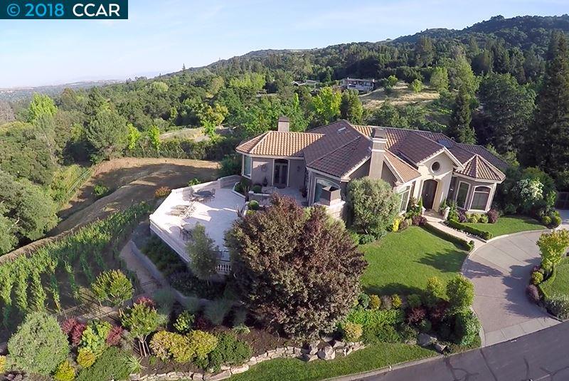 واحد منزل الأسرة للـ Sale في 491 Montcrest Place 491 Montcrest Place Danville, California 94526 United States