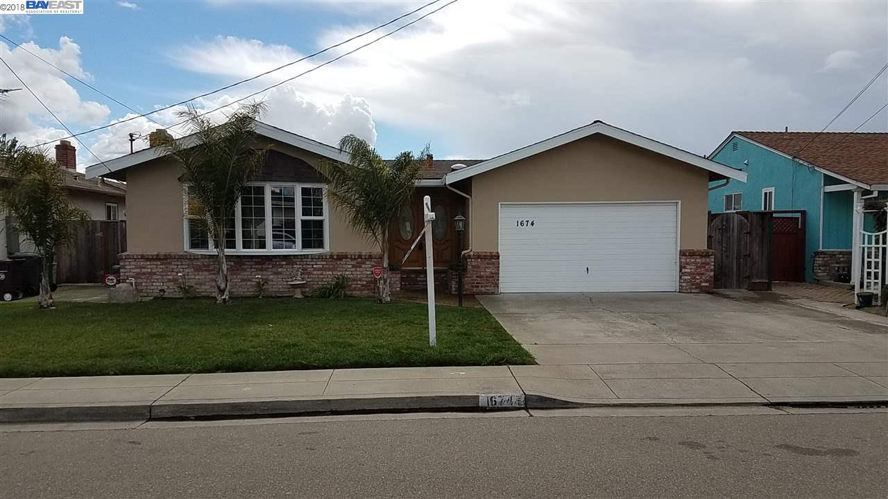 Casa Unifamiliar por un Venta en 1674 Via Ventana 1674 Via Ventana San Lorenzo, California 94580 Estados Unidos