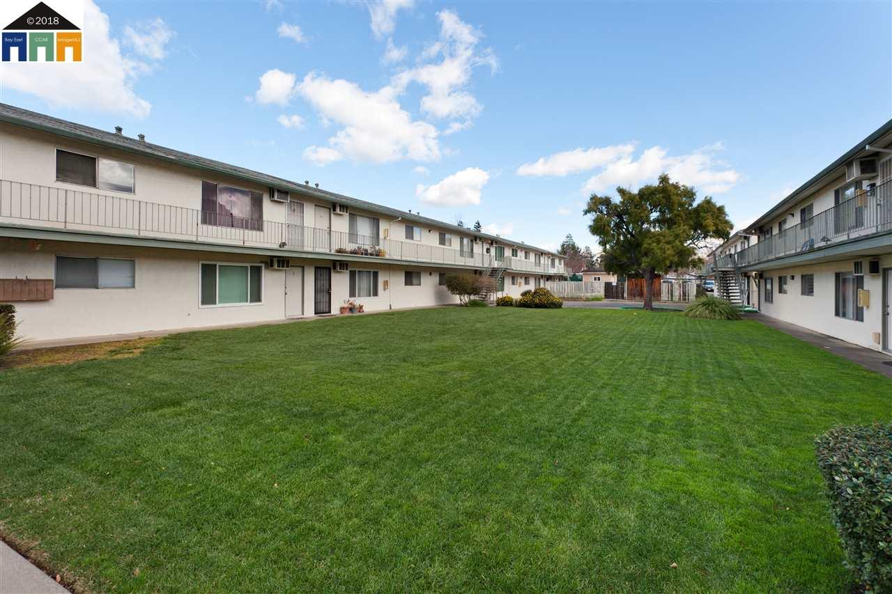 Multi-Family Home for Sale at 1880 Parkside Avenue 1880 Parkside Avenue Concord, California 94519 United States