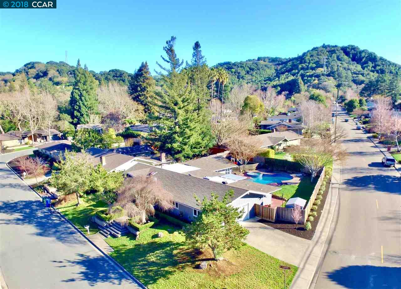 Single Family Home for Sale at 320 LOWELL LANE EAST 320 LOWELL LANE EAST Lafayette, California 94549 United States
