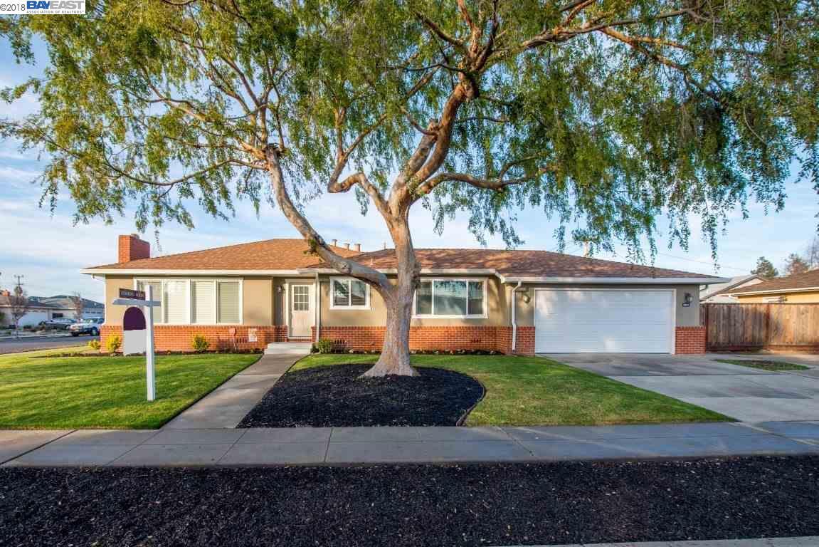 Maison unifamiliale pour l Vente à 38572 Granville Drive 38572 Granville Drive Fremont, Californie 94536 États-Unis