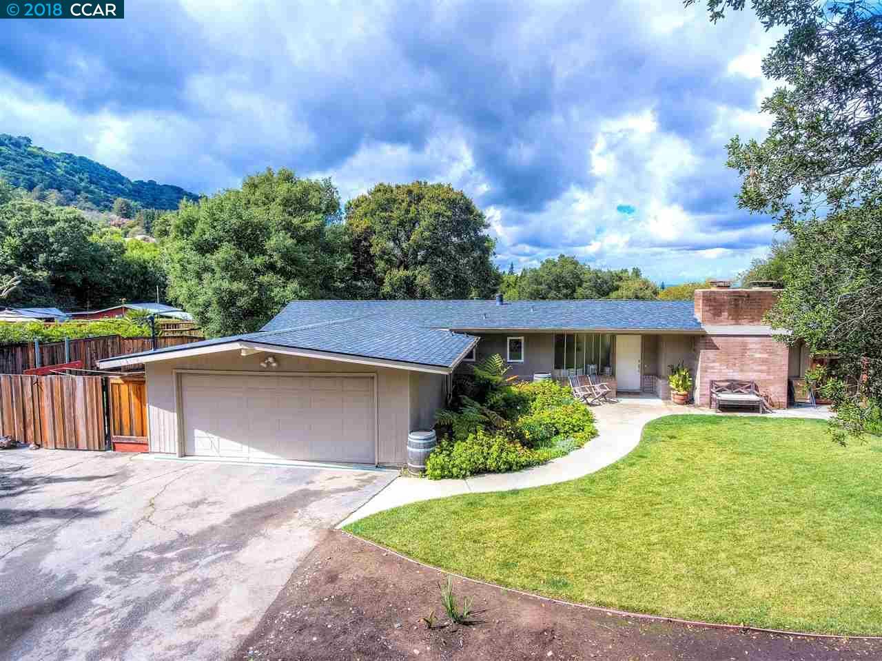 獨棟家庭住宅 為 出售 在 524 Highland Drive 524 Highland Drive Danville, 加利福尼亞州 94526 美國