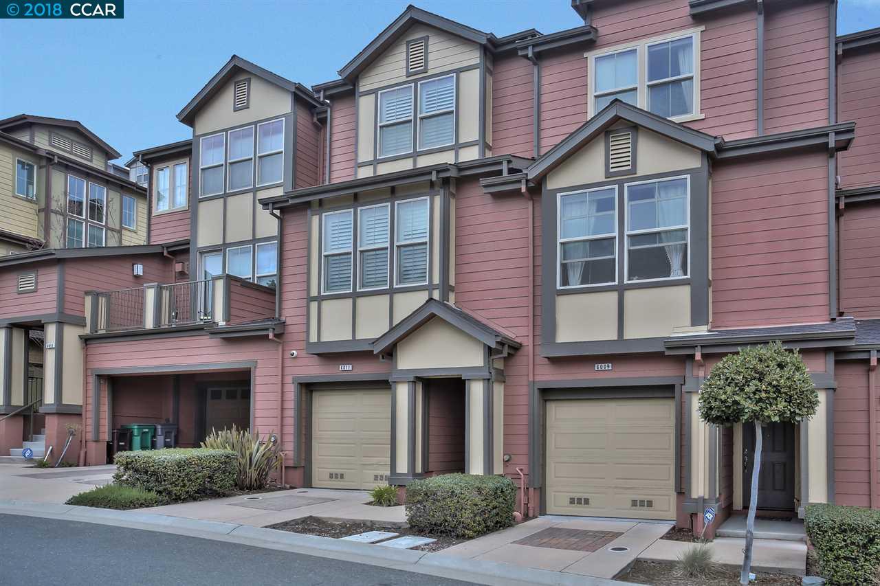 多棟聯建住宅 為 出售 在 6011 Old Quarry Loop 6011 Old Quarry Loop Oakland, 加利福尼亞州 94605 美國