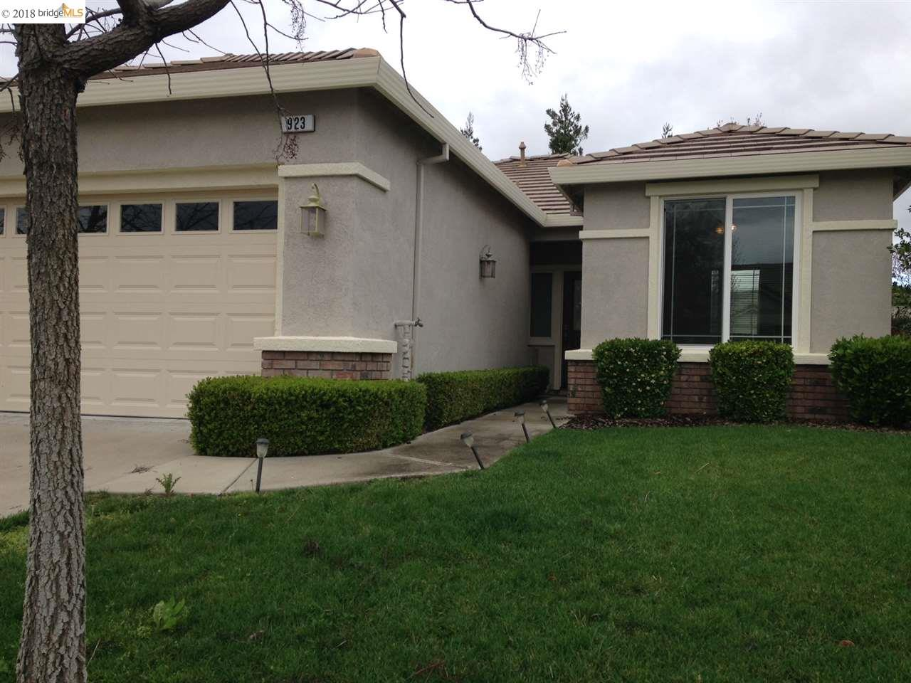 Single Family Home for Rent at 923 Centennial Drive 923 Centennial Drive Brentwood, California 94513 United States