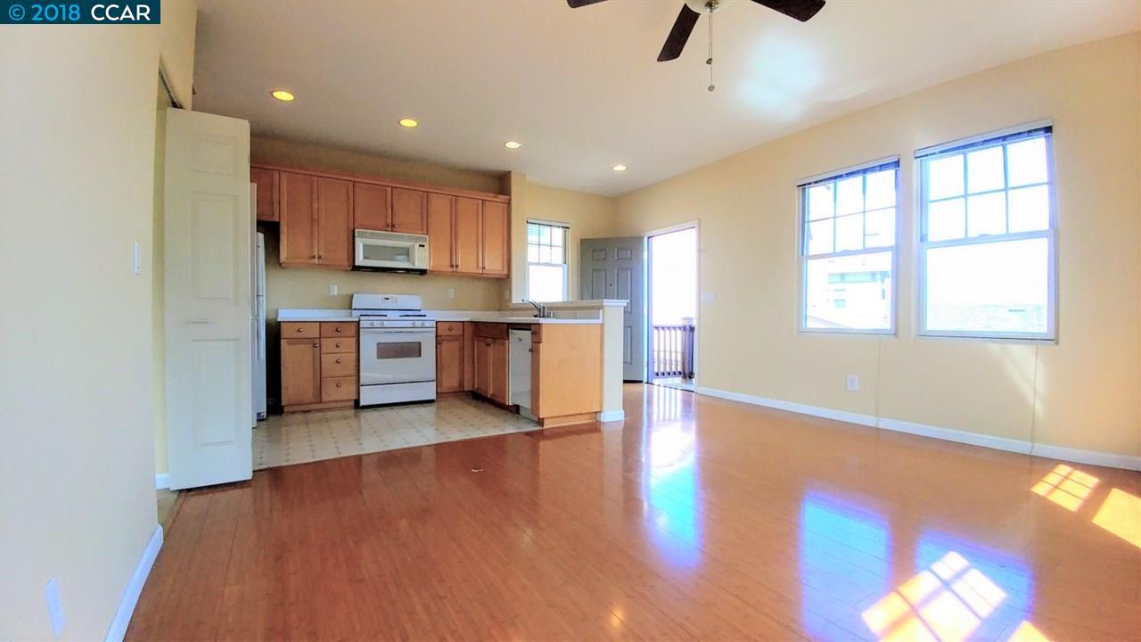 واحد منزل الأسرة للـ Rent في 1183 PROMENADE - UNIT B 1183 PROMENADE - UNIT B Hercules, California 94547 United States