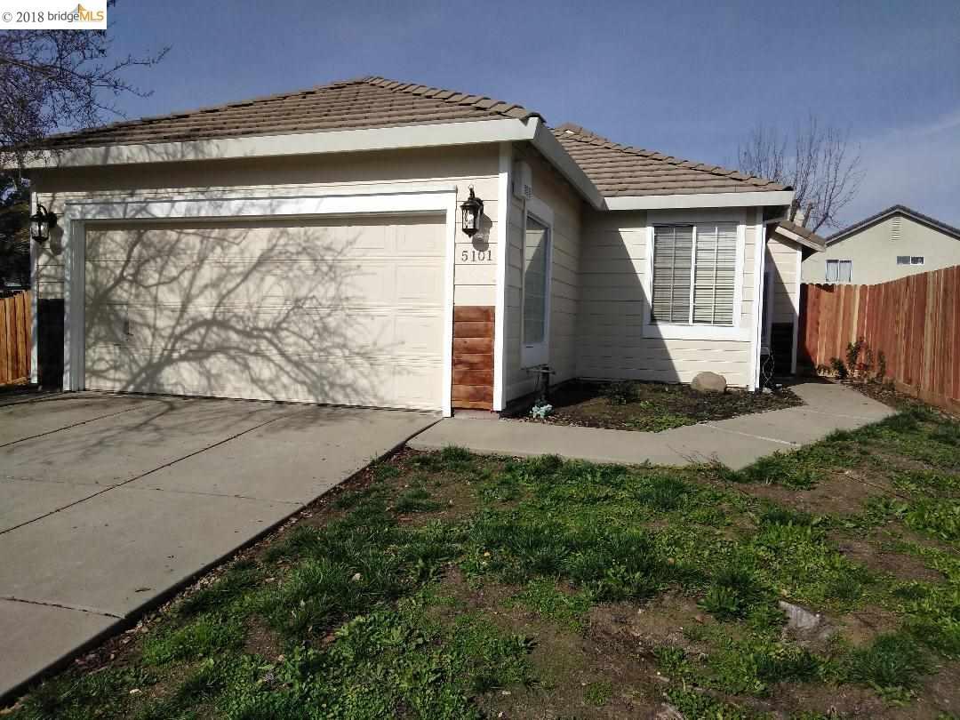 Einfamilienhaus für Verkauf beim 5101 Marble Creek Way 5101 Marble Creek Way Elk Grove, Kalifornien 95758 Vereinigte Staaten