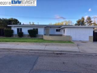 Частный односемейный дом для того Продажа на 213 Crest Street 213 Crest Street Antioch, Калифорния 94509 Соединенные Штаты