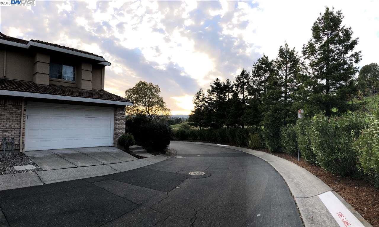 Townhouse for Sale at 4376 Conejo Drive 4376 Conejo Drive Danville, California 94506 United States
